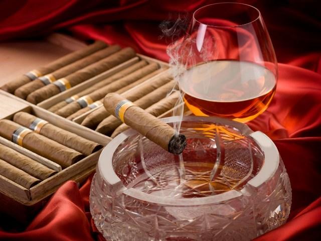 Što sve vole muškarci, prikaži slikom - Page 13 Kubaske_cigare_21