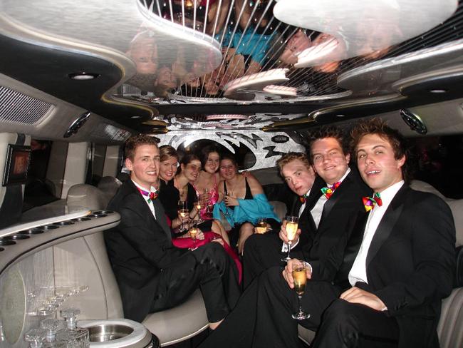 Alexander tour, vožnja limuzinom