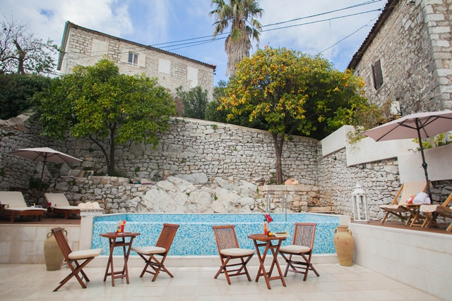 Casa del mare small hotels group montenegro for Small hotel groups