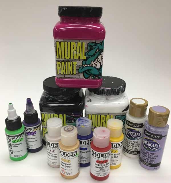 Slikanje akrilnim bojama bez četkice - SEE Business travel