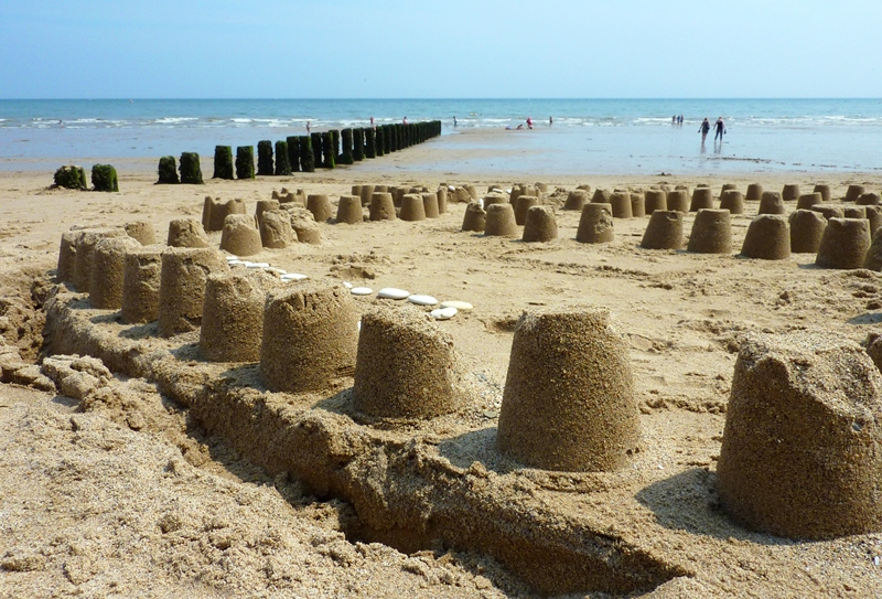 bigstock-Sand-castles-on-Bridlington-be-12221729